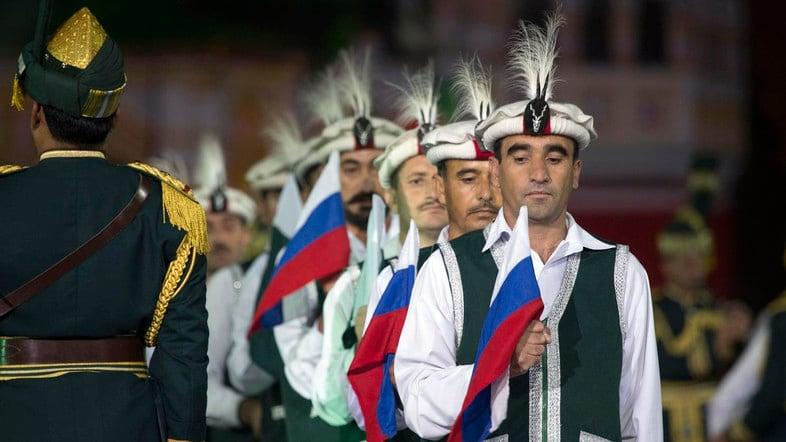 """Politica senza emozione. In che modo la Russia e il Pakistan dimenticano l'ex """"tensione"""""""