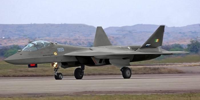 Rosoboronexport : 러시아-인도 FGFA 전투기가 정시에 제작되었습니다.