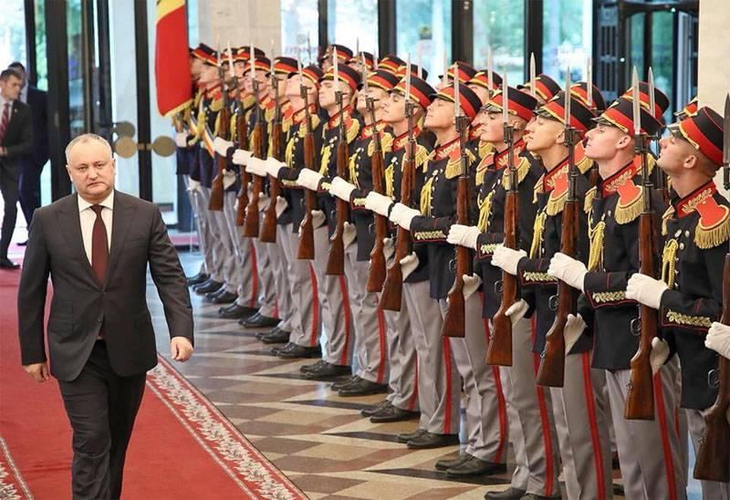 Додон непризнал легитимность назначения министра обороны Молдавии