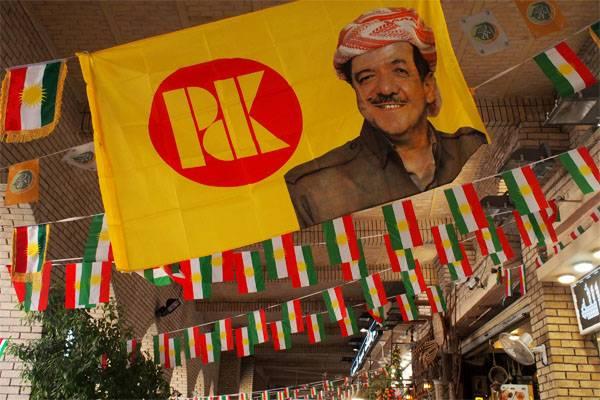 이라크 쿠르드 족 당국은 독립의 아이디어를 포기하기로 결정했다.