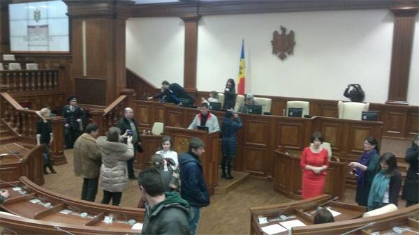立陶宛特别服务教摩尔多瓦代表打击腐败