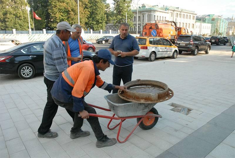 El gobierno propuso reducir la cuota de trabajadores extranjeros en la Federación Rusa