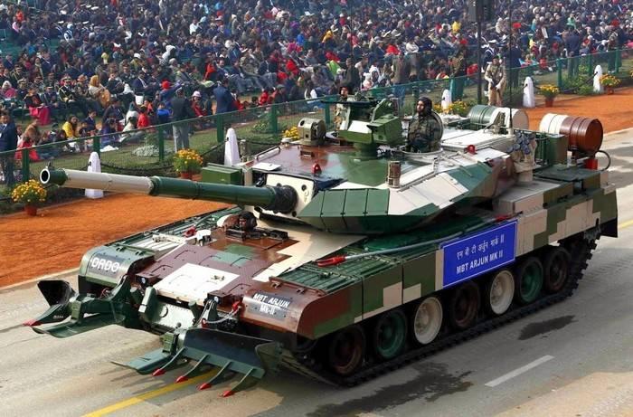 Indien vervollständigte den heimischen Panzer Arjun Mark II