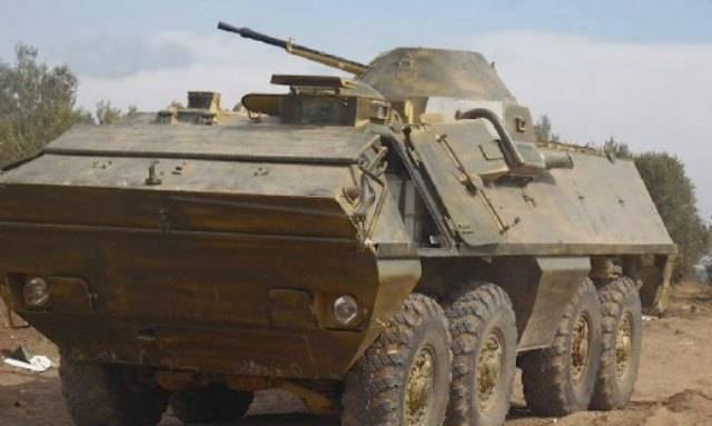 Militantes na Síria usam SKOT / OT-64 blindados