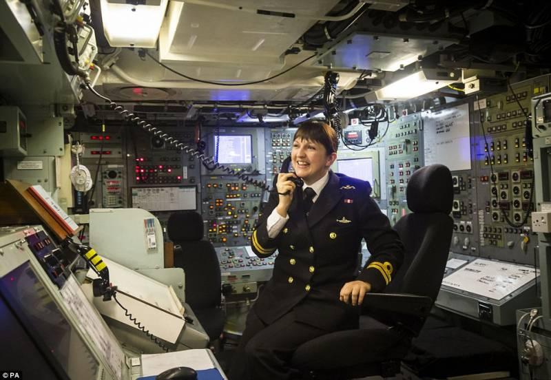 Девять английских подводников уволены заупотребление кокаина
