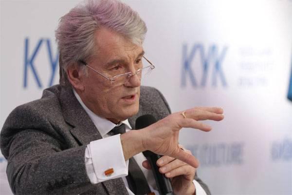 Yushchenko ने वर्तमान यूक्रेनी अधिकारियों के लिए स्टालिन और इसराइल का उदाहरण दिया