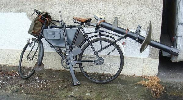 """İsviçre Ordusu Bisiklet """"Militärvelo"""". Modeller MO-05, MO-93, MO-12"""
