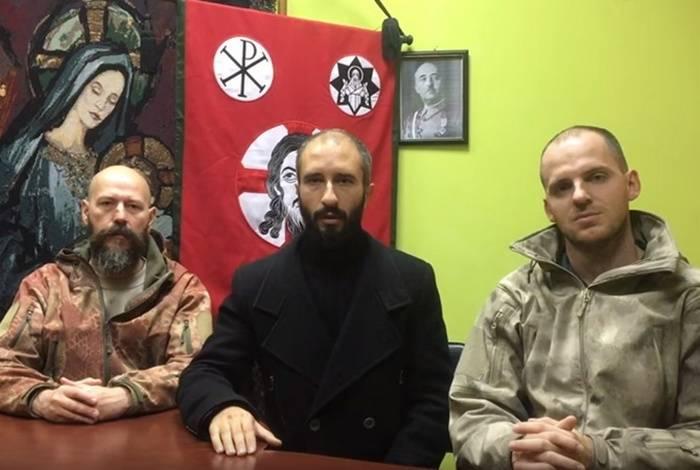 """O batalhão de """"veteranos"""" da ATO se reuniram na Espanha para lutar contra os catalães"""