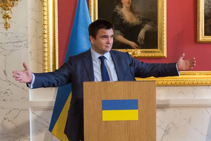"""Kiev anunciou uma resolução """"radical"""" sobre o retorno da Crimeia"""