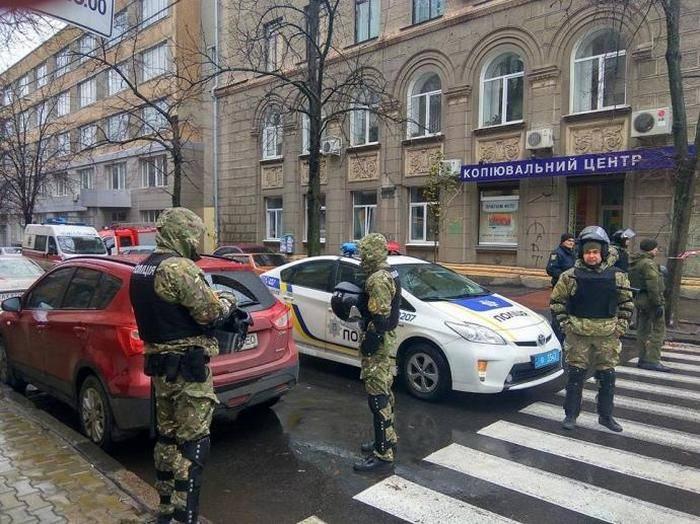 El jefe del Ministerio del Interior de Ucrania, Avakov, llevó a las fuerzas de seguridad a la defensa de su hijo.