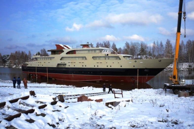 Nella regione di Nižnij Novgorod è stata lanciata una nave per le comunicazioni del progetto 1388Н3