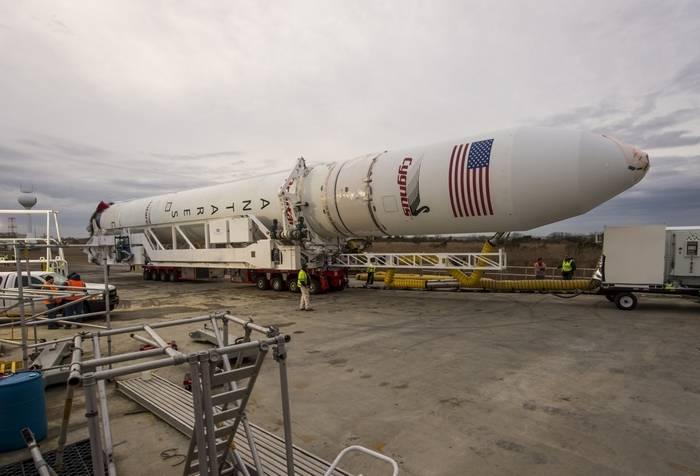 Energomash hat zwei Motoren RD-181 für Antares-Trägerraketen in die USA geschickt