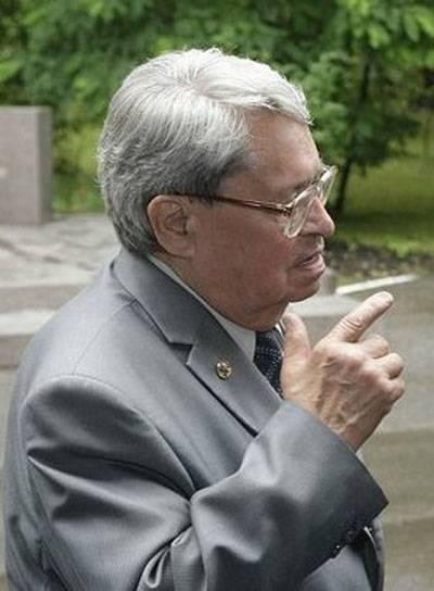 90年核物理学家Yuri Trutnev