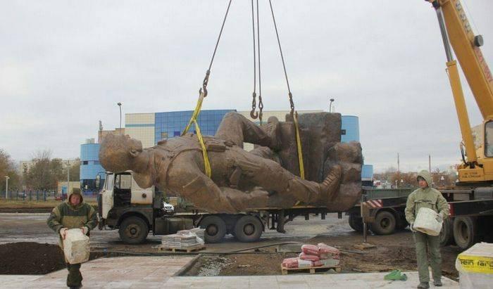 Monumento al oficial Alexander Prokhorenko se abrirá en Orenburg