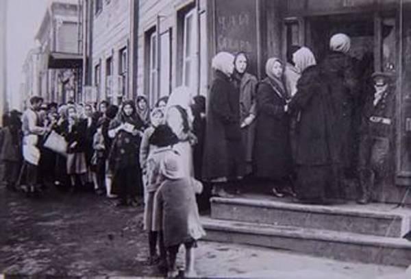 """La révolution 1917 de l'année: de la """"superpuissance du pain"""" au géant industriel"""