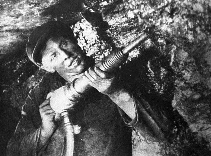 Alexey Stakhanov. Héroe y símbolo de la era soviética.