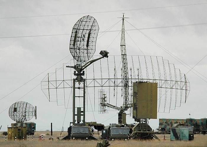 """El radar """"Caste 2-2"""", capaz de detectar """"Stealth"""", entró al regimiento de ingeniería de radio de ZVO"""