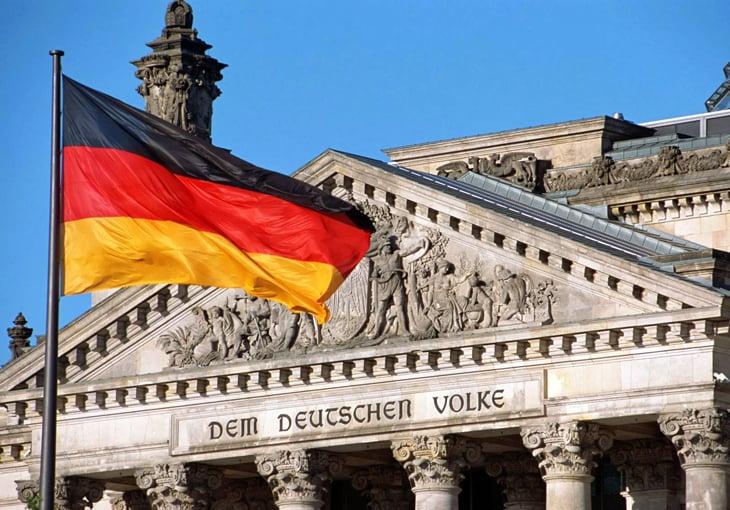 일시 중지 버튼에 대한 독일 정치