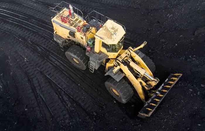"""Kiev impuso sanciones contra los """"Yuzhtrans"""" rusos, que suministran carbón a Ucrania"""
