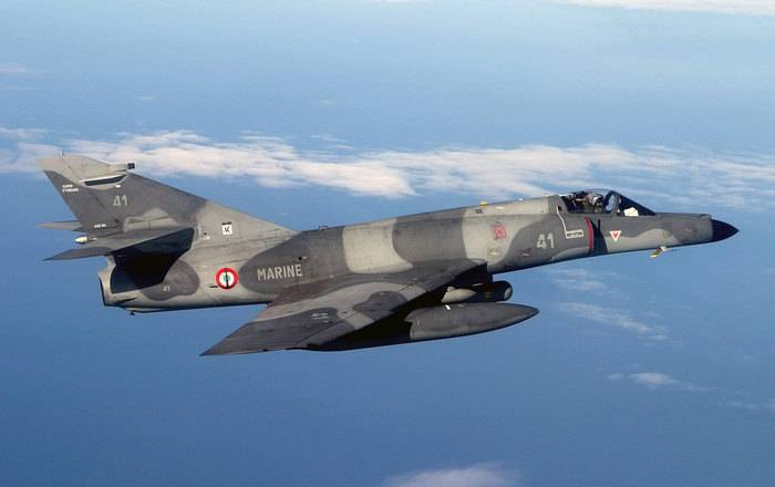 "France will supply Argentina with five deck-mounted attack aircraft ""Super Etandar Modernize"""