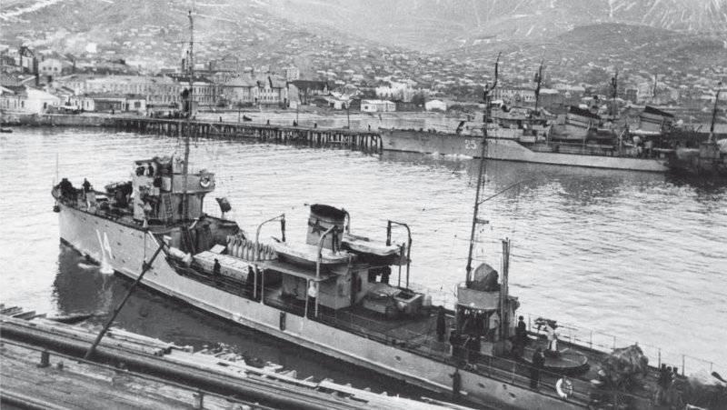 重い「貨物」:死と掃海艇T-403の検索