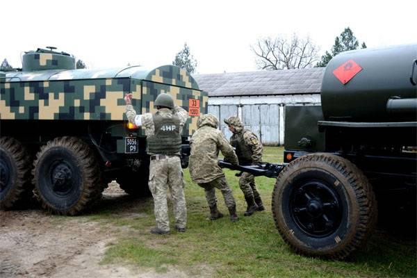 キエフでは、ドンバスでの戦いでウクライナの参加者の数と呼ばれる
