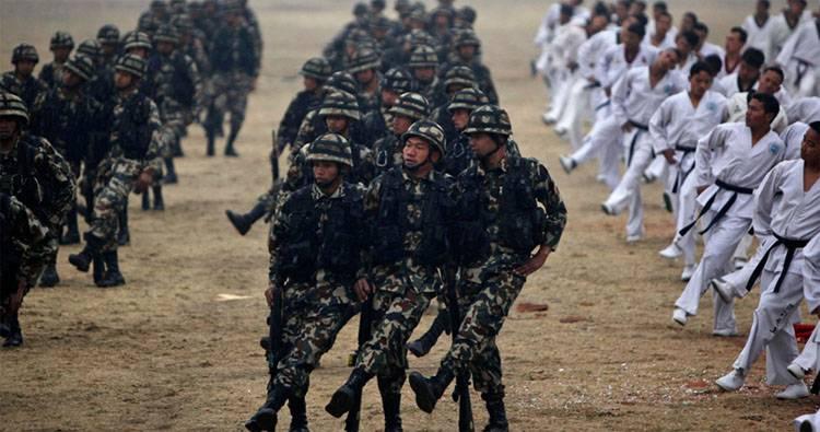 सप्ताहांत पढ़ना। नेपाल में दुनिया की छठी सबसे बड़ी सेना क्या है?