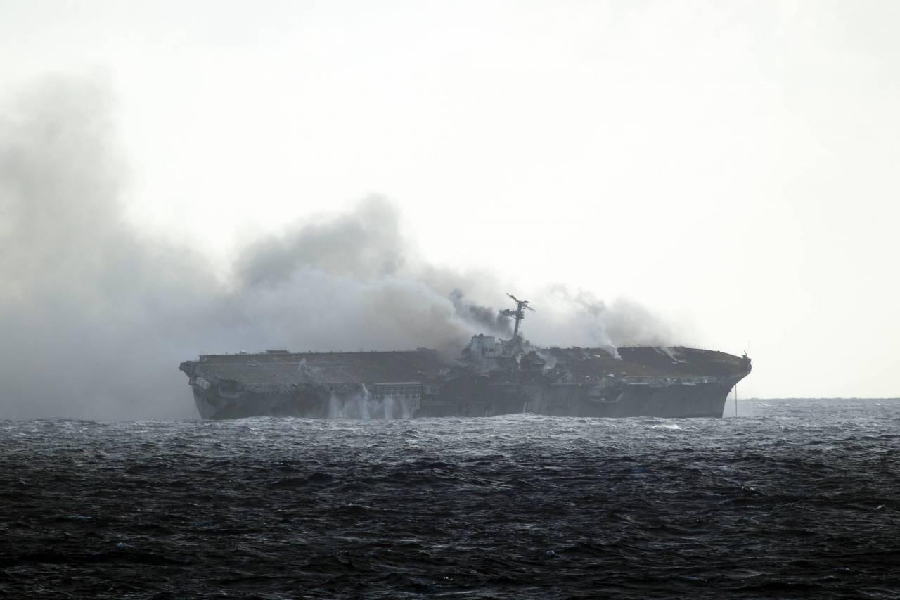 Затонувшие корабли в черном море фото