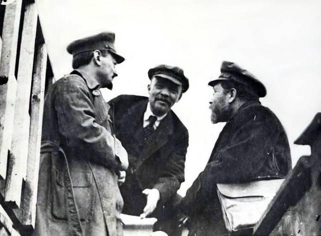 两位帝国主义者 - 斯大林和普京:他们如何在西方看到它