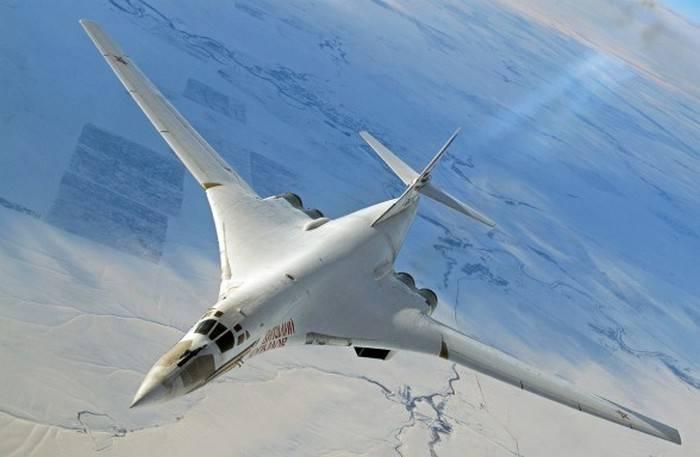 """В США обновленный Ту-160М2 назвали """"супербомбардировщиком"""""""
