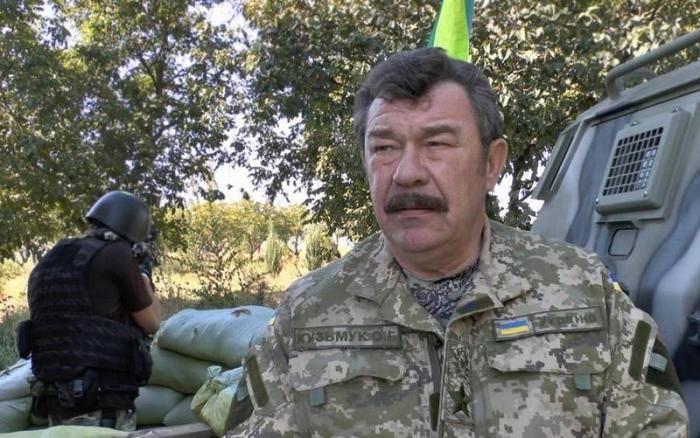 Kuzmuk: Para capturar el Donbass, necesitas destruir Donetsk y Lugansk