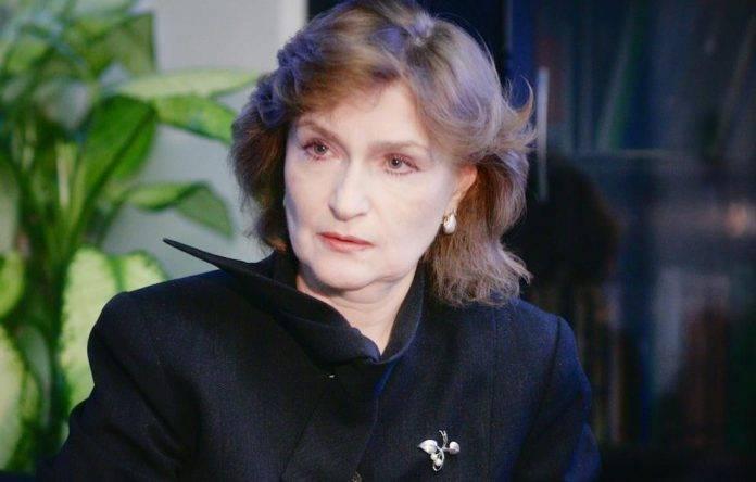 Нарочницкая: Чем грозит России демонизация советского государства?