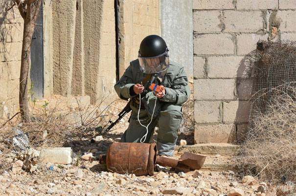 Media: Private Russian companies will attract for the process of mine clearance in Syria
