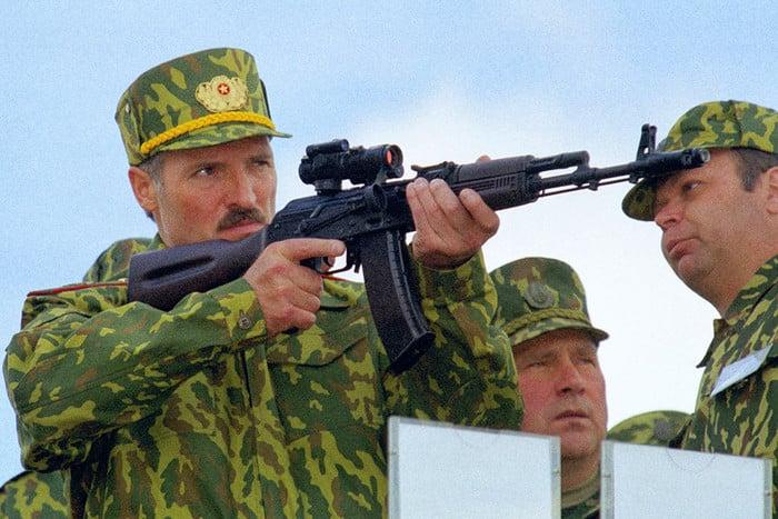 """卢卡申科总统的混合战争:""""再见,波罗的海!你好,乌克兰!"""""""