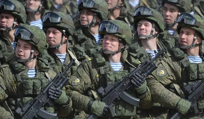 Путин утвердил численность Вооруженных сил России
