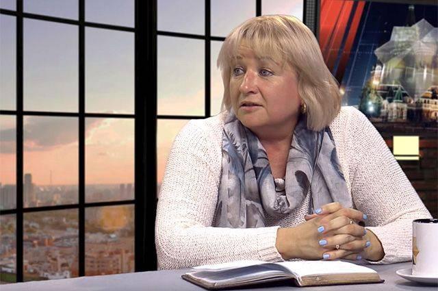 Elena Larina: İnsanlar oligarşlerden alınan paraları öderler
