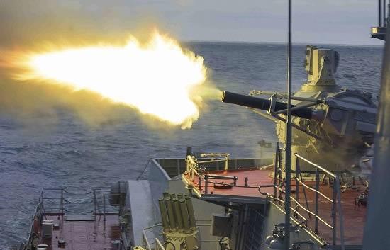 """Acerca de 20-naves de la Flotilla del Caspio rechazaron el ataque aéreo del """"enemigo"""""""