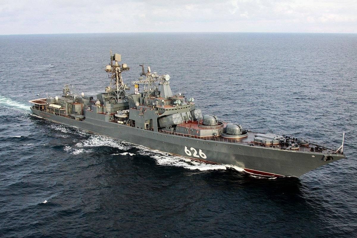 «Вице-адмирал Кулаков» выполнил стрельбы повоздушным целям вБаренцевом море