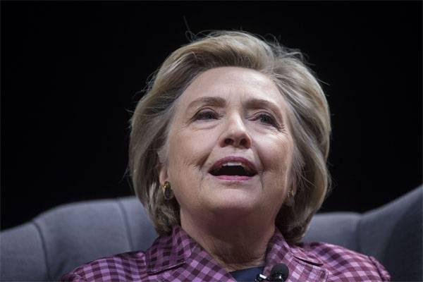 Клинтон: Я не агент Кремля...
