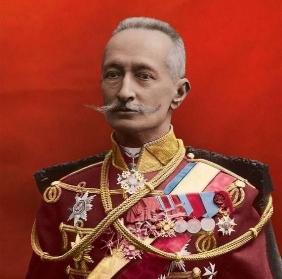 रूसी महिमा के 100 साल। रूसी घुड़सवार सेना: लांसर्स, ड्रगोन, हुसर्स