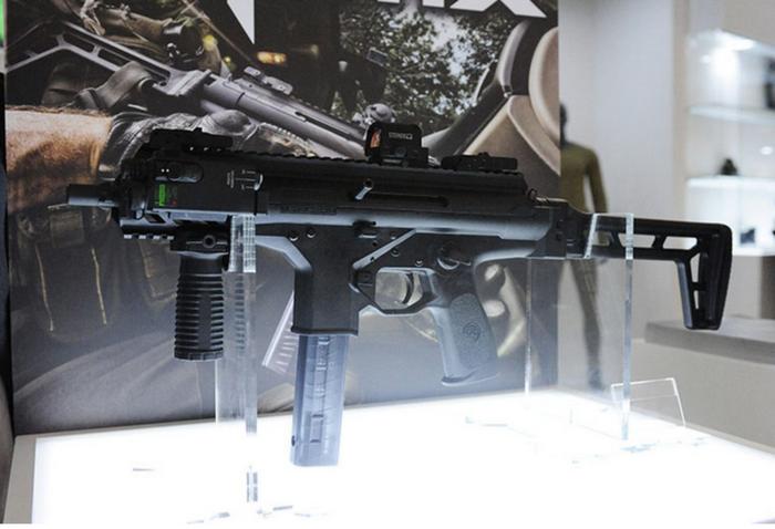 Beretta ha presentato la nuova mitragliatrice PMX