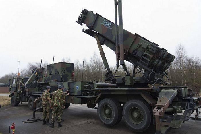 Эксперт прокомментировал поставки американских ракет в Польшу