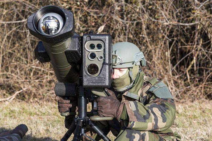 The French army received a new generation of ATGM 5