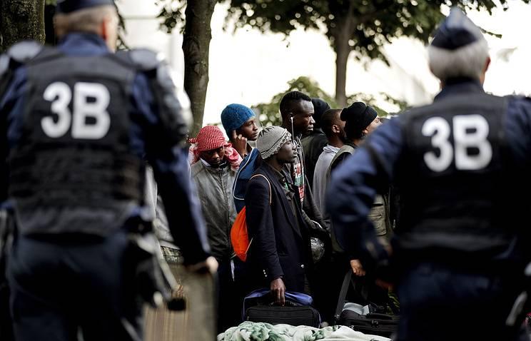 「人種差別は反対だ」 現代フランスを待っているもの
