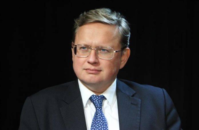 Mikhail Delyagin: Nuestro presupuesto es un presupuesto para un golpe de estado