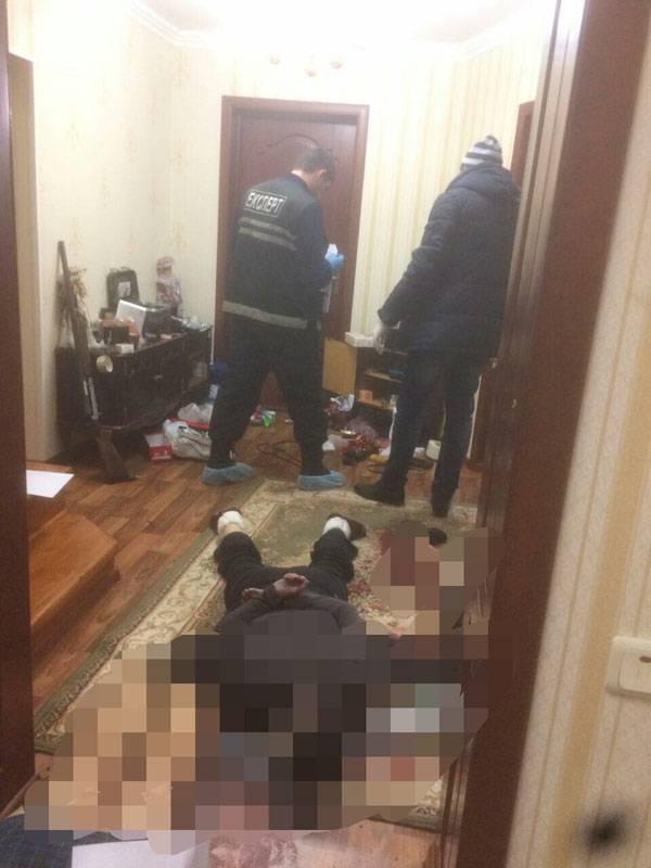 대부의 Donbass 친척에서 Yanukovich는 잔인하게 살해된다.