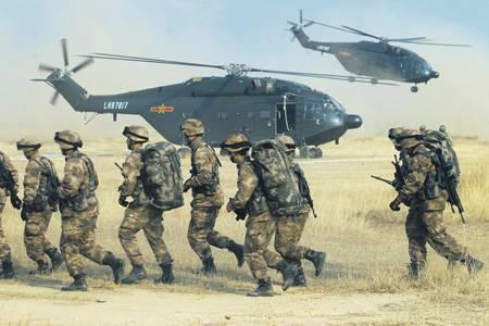 베이징, 적극적인 국방 전략에 의존