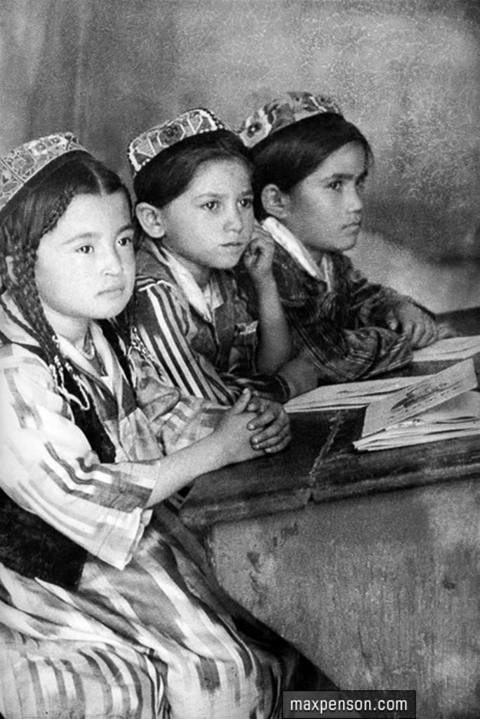 """Diplôme et """"cinquième graphique"""". Le patronage du cadre national a décomposé le système éducatif en URSS"""