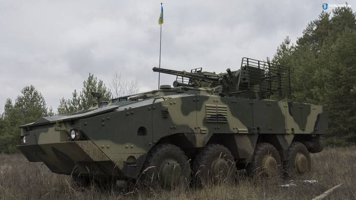 Ukroboronprom showed tests of the BTR-4МВХNUMX for the Armed Forces of Ukraine