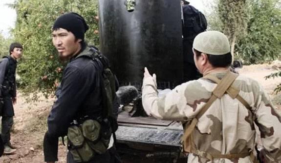 위구르 테러 분자들은 다마스커스 교외에서 도망 간다.